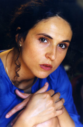 Julie-Berès-portrait (c)DR _ Théâtre de Chelles